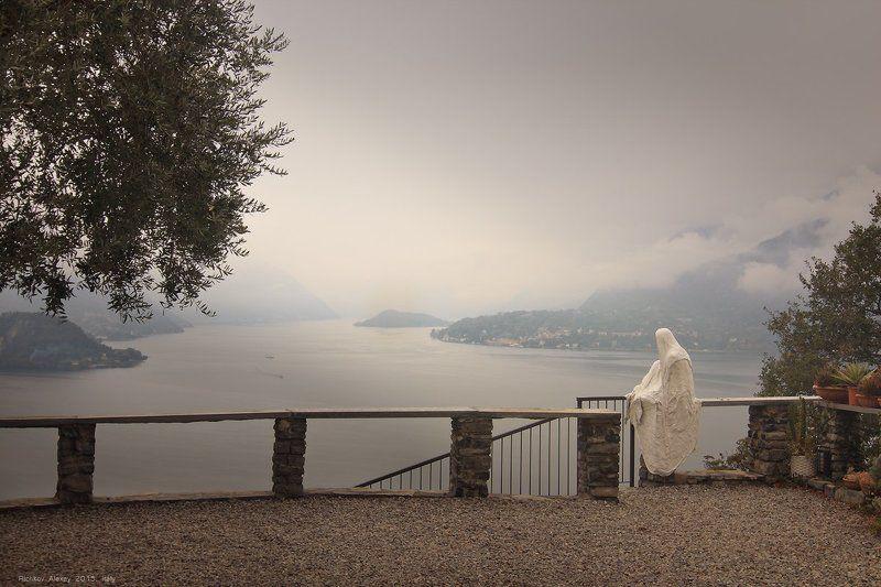 Италия, Альпы, горы, Комо, призрак, Варена Одиночество Альпийского призракаphoto preview
