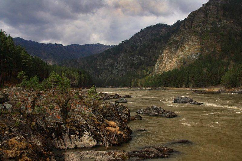 горный, алтай Угрюм-рекаphoto preview