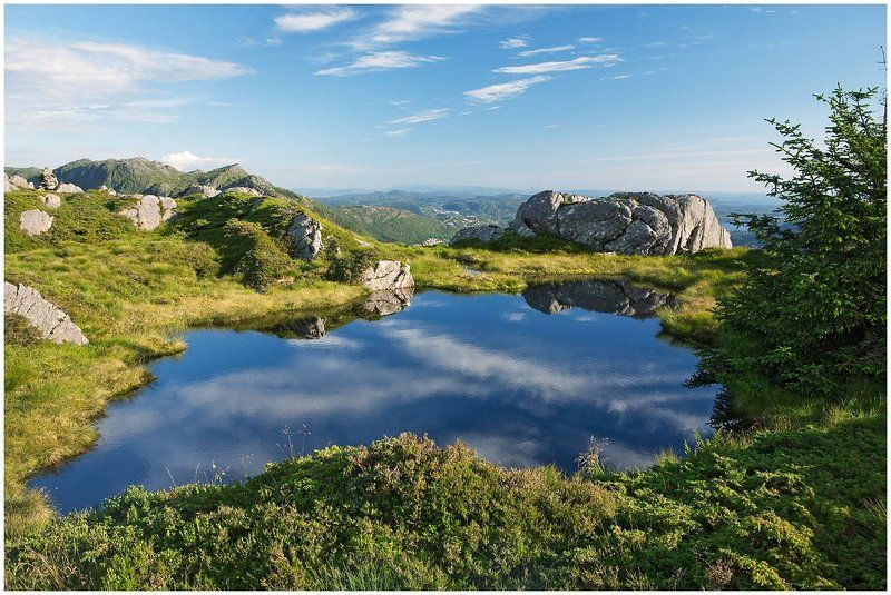 норвегия, берген, горы, пейзаж Верхнее озеро - 2photo preview