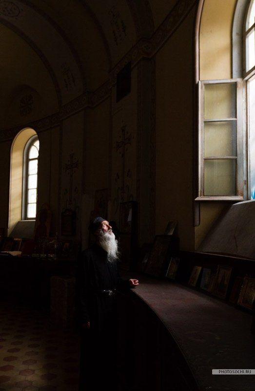 монастырь, храм, монах Палладийphoto preview
