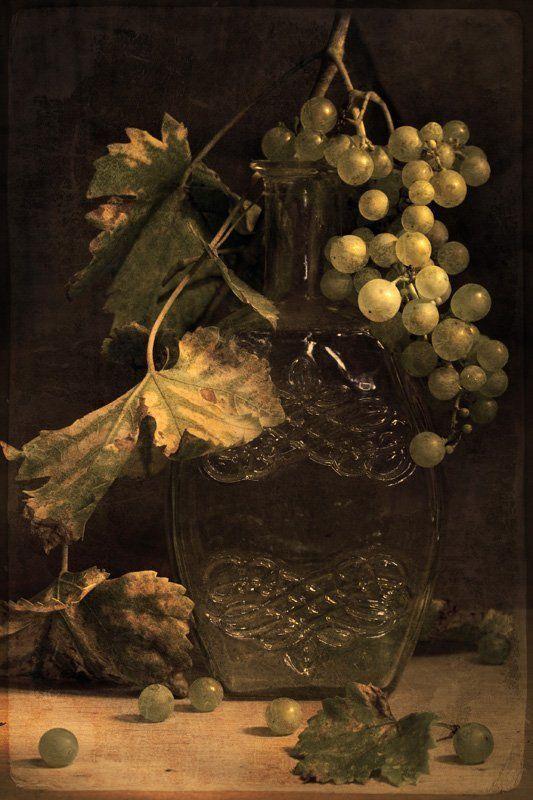 натюрморт с виноградомphoto preview