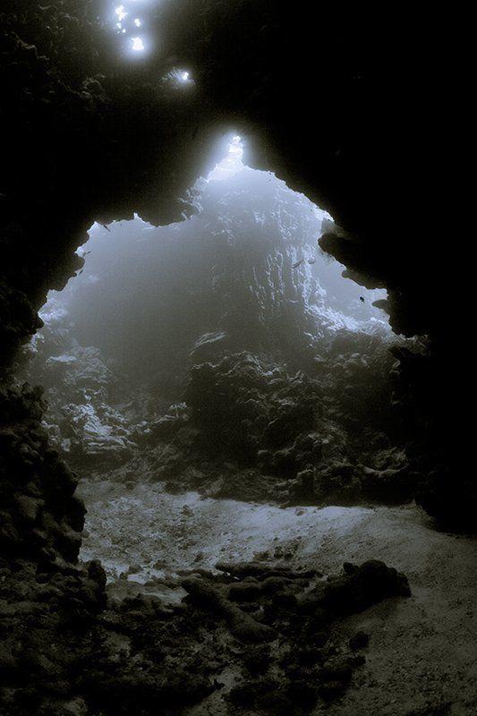 пещера, вода, свет, подводная съемка подводный храмphoto preview