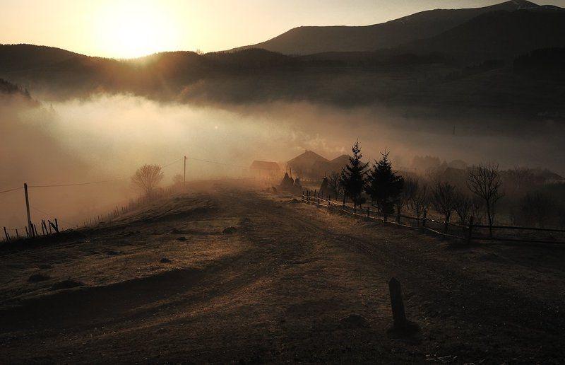 село, рассвет, карпаты, утро Утро начинаетсяphoto preview
