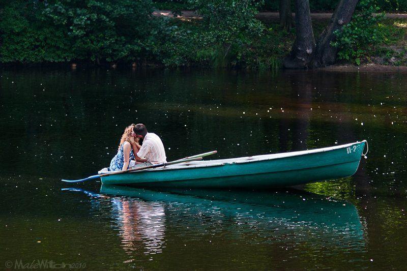 мужчина, женщина, поцелуй Overkissphoto preview