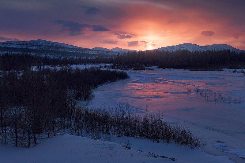 закат на Иенгреphoto preview
