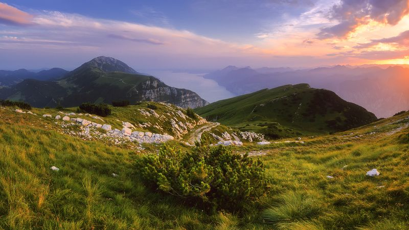 вечер, закат, гарда, италия, панорама, горы, лето, озеро Вспоминая летоphoto preview