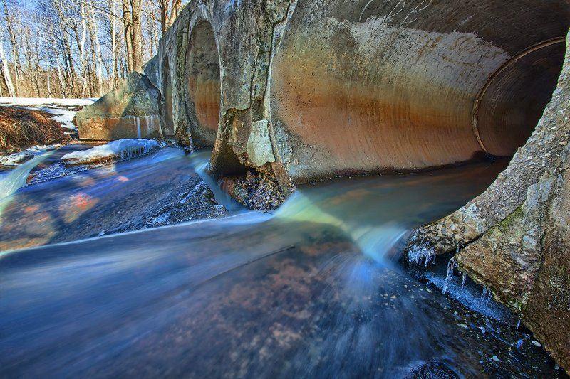 Пошла весенняя водаphoto preview