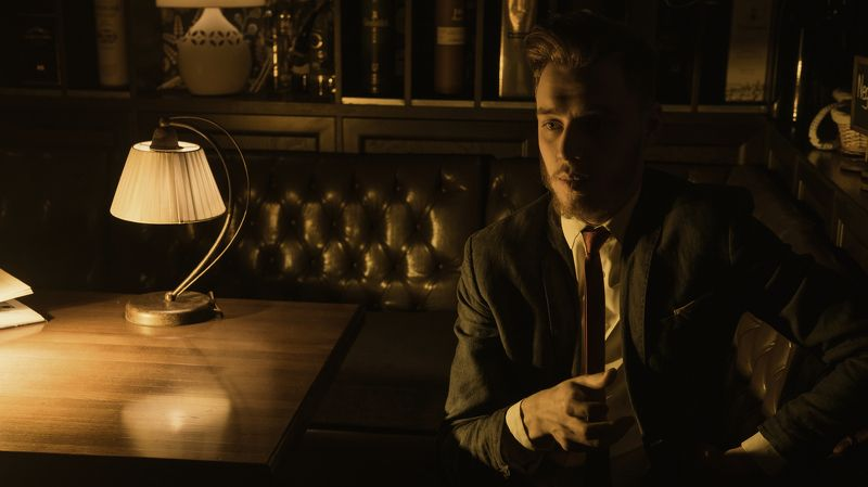 man, evening, light, bar, film photo preview