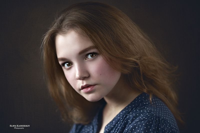 портрет, девушка, хедшот Сашаphoto preview