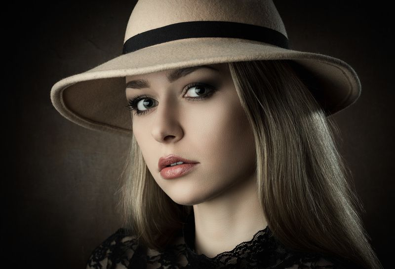 portrait, hat, headshot Theresaphoto preview