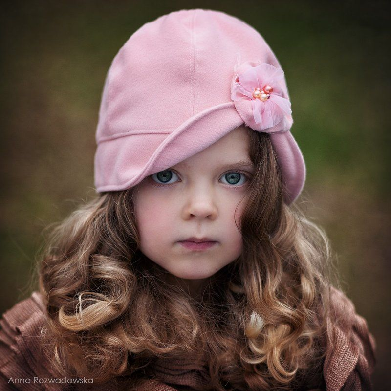 girl, child, portrait, vintage, hat Barbaraphoto preview