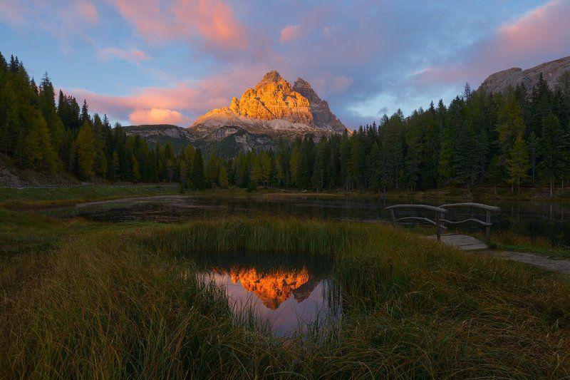 Про озеро, горы и закатphoto preview