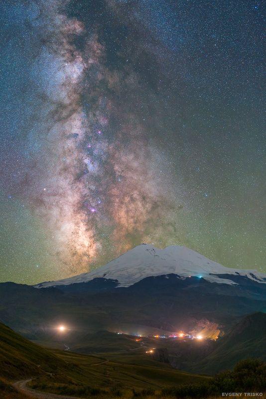 кавказ, горы, звёзды, млечный путь, Джилы-су, Эльбрус,   Млечный путь над Эльбрусом photo preview