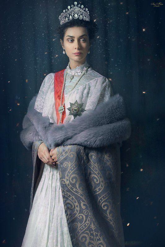 portrait,women Aleksandra Romanova photo preview
