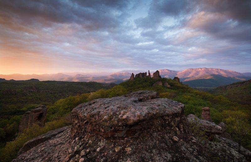 Утро на Белоградчишките скалиphoto preview