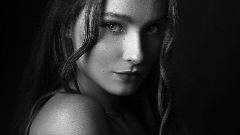 портрет, женский портрет, студийный портрет, студийная съемка, ретушь Александраphoto preview
