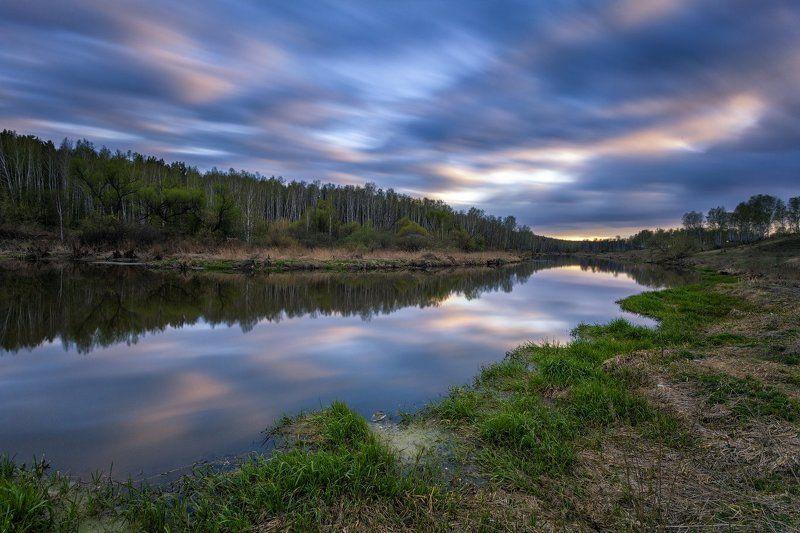 вечер, закат, река, весна Две минуты майского вечера на р. Миассphoto preview