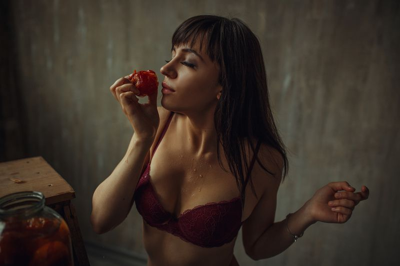 Портрет, девушка, белье, студия Дарьяphoto preview