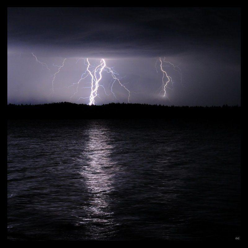 молния, озеро, фмнляндия Dance of Energy (3)photo preview