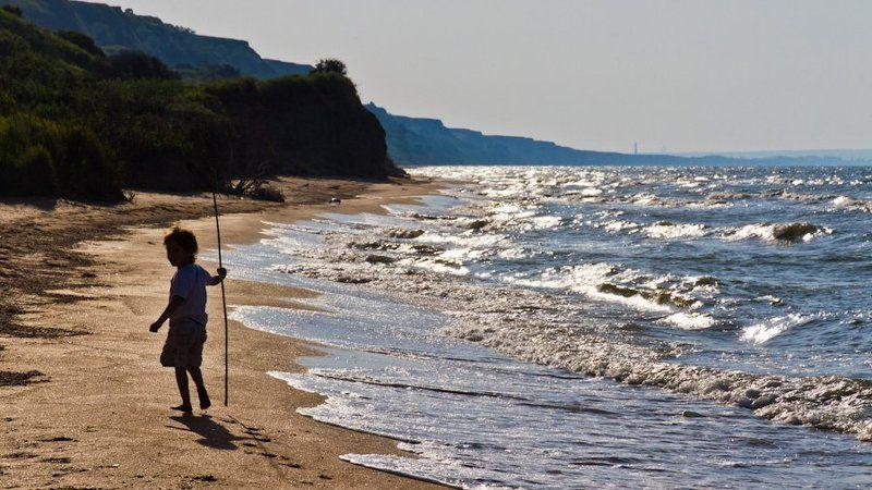 море, азовское, лето маленький путешественникphoto preview