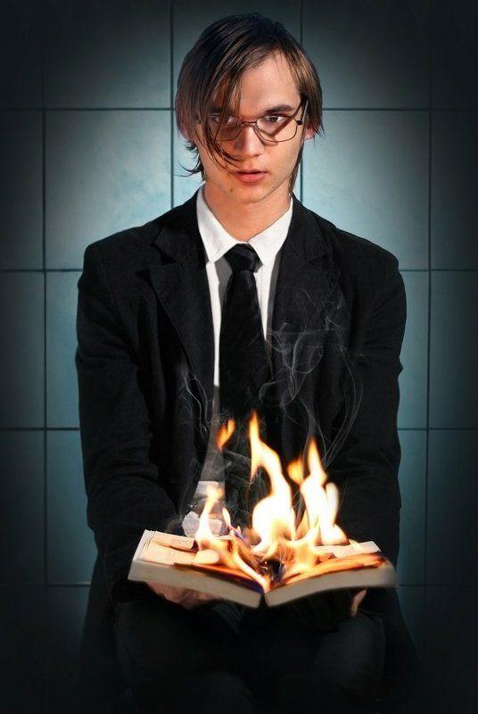 Огонь в ладоняхphoto preview
