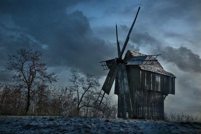 пейзаж, мельница, небо, ветер, тучи, старый, слуга Старый слуга ветраphoto preview