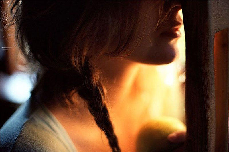 портрет, нежность, яблоко, девушка, утро tendernessphoto preview