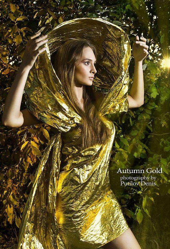 putilov, путилов, девушка, смысл, идея, idea, girl Осень золотая - проходя, она оставляет за собой желтые листьяphoto preview