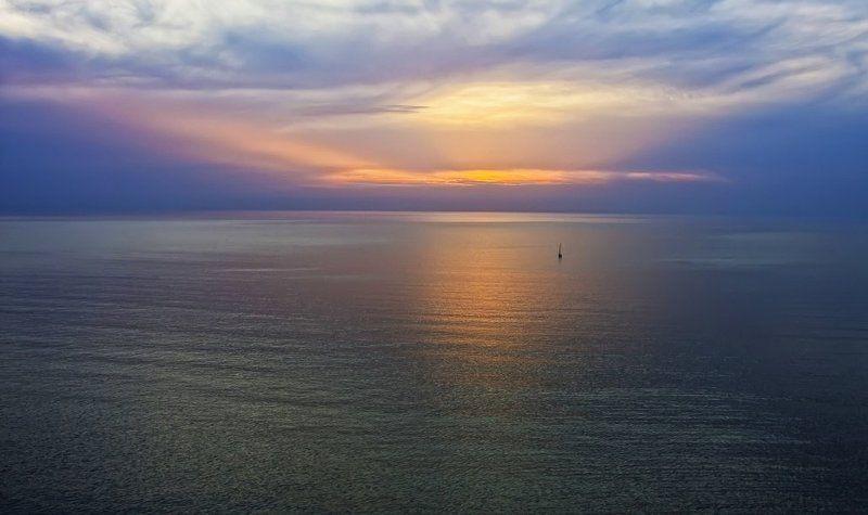 Луч солнца золотойphoto preview