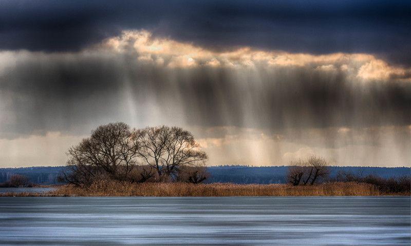 вода перспектива фронт туча весна свет В ожидании дождяphoto preview
