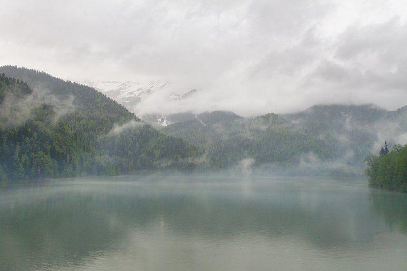 абхазия, рица, пейзаж, природа, горы Smoke on the waterphoto preview