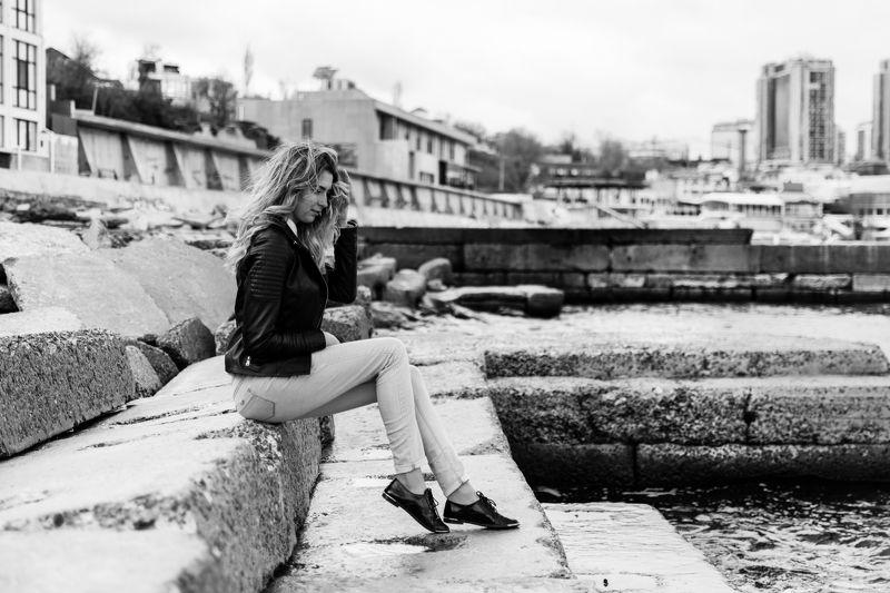 портрет, весна, море, одесса, девушка Ираphoto preview