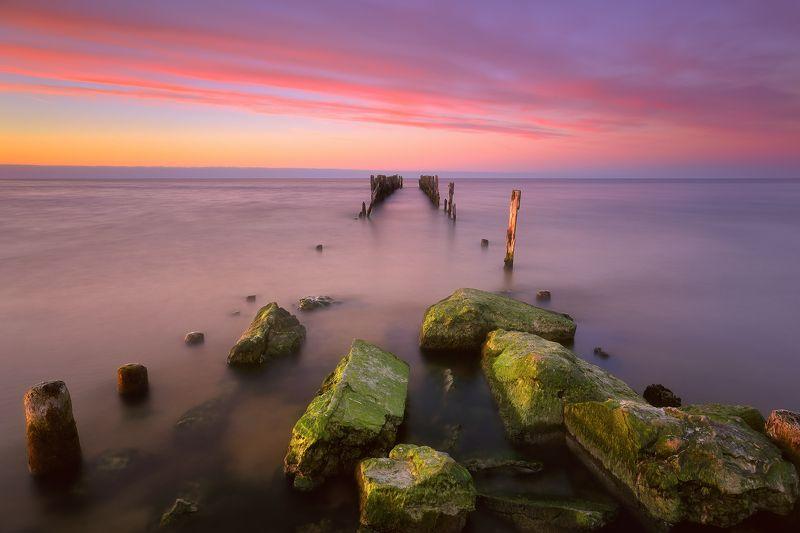 латвия, май, вечер, пирс, закат, рижский залив Вечерний пирсphoto preview
