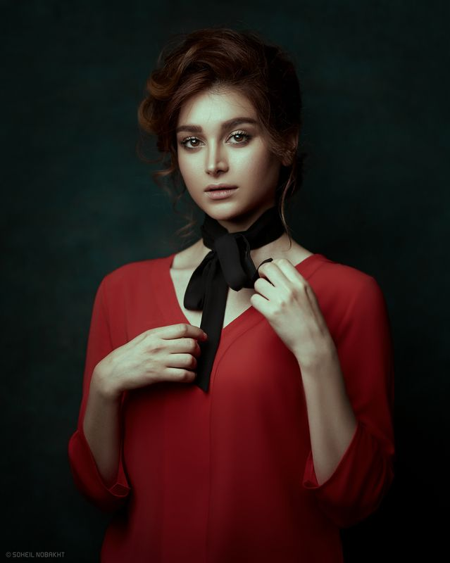 girl,portrait,light,red,moody,retouch,dark,deep,look Moodphoto preview