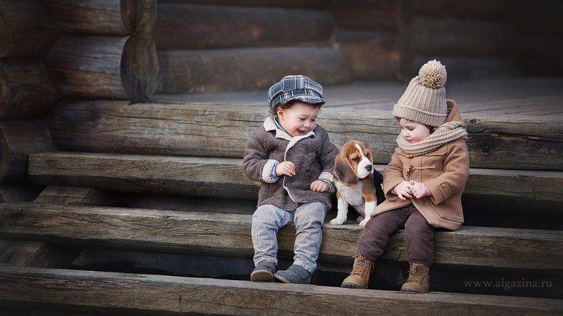 дети щенок собаки малыши мальчик девочка Знакомствоphoto preview