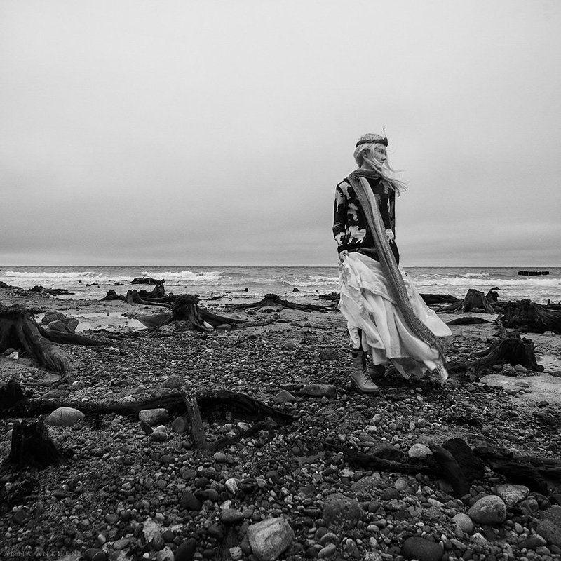 портрет, женский портрет, чб, природа, море, пленер, девушка, bw, woman, nature, sea, portrait Странная история о Феодоре. Ветер вдоль берегаphoto preview