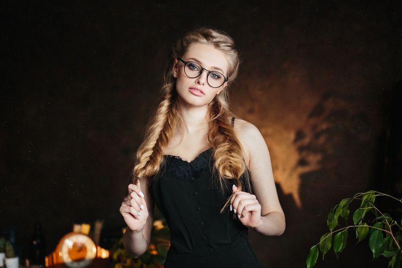 студия, девушка, красивая, гламур, портрет Учительница первая мояphoto preview