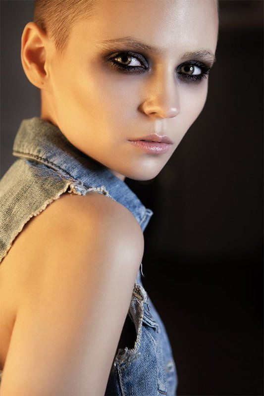 portrait, girl, model, photo, photographer, отель, кровать, девушка, hot Иринаphoto preview