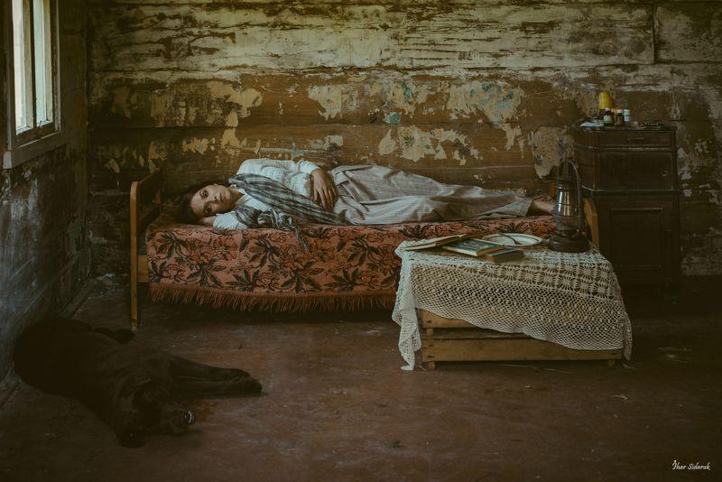 фото-проект, девушка, собака, животные, шаль, болезнь, уход, расставание, дом, хутор, вечер Я стану собакой, я стану тобой...photo preview