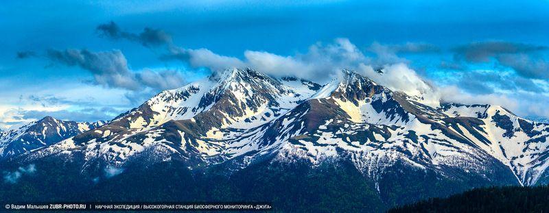 кавказ, заповедник, горы, снег, скалы, Аллоус и Хаджибейphoto preview
