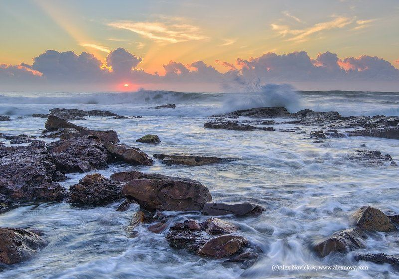 Радужный пляжphoto preview