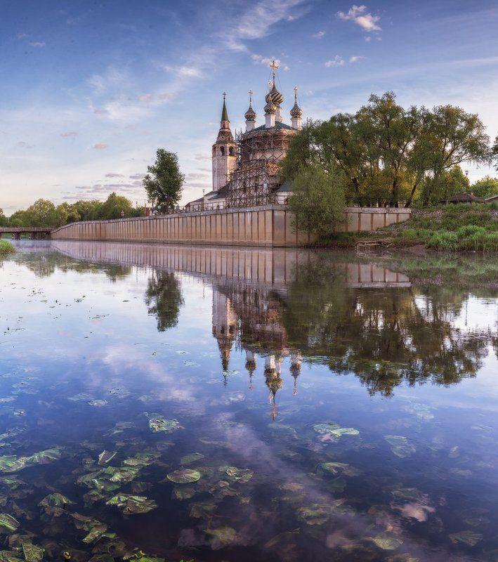 холуй, храм, православие, река, утро, отражение Корабль православияphoto preview