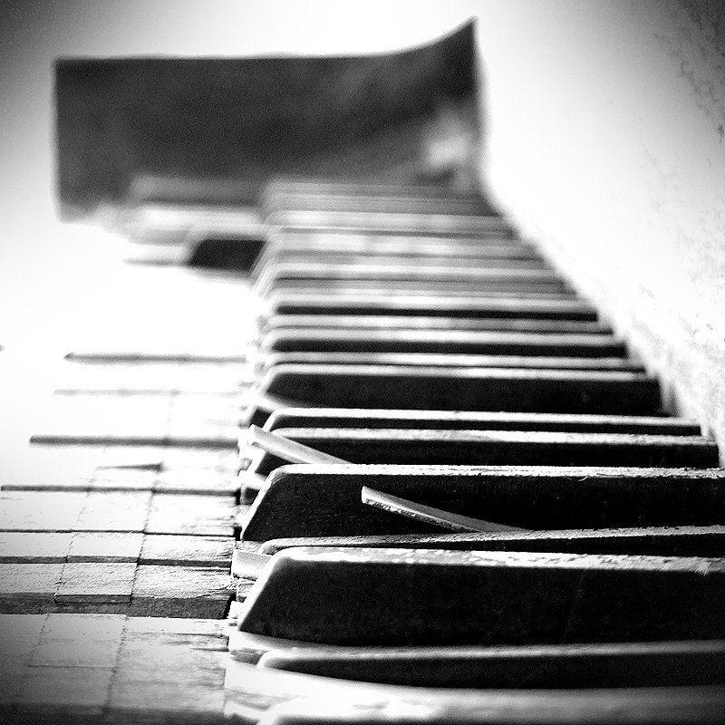 piano, keys, music, upright, wood, Lost My Keysphoto preview