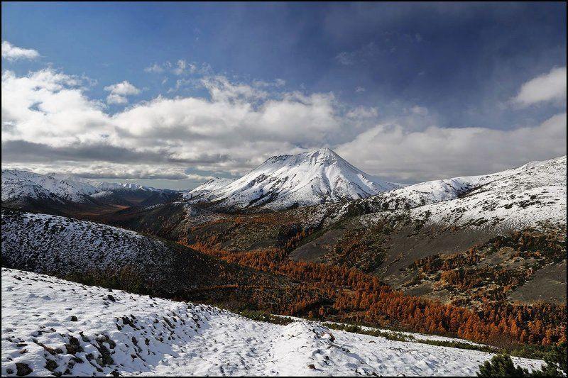 горы дэл урэкчэн, магаданская область Смена сезонаphoto preview
