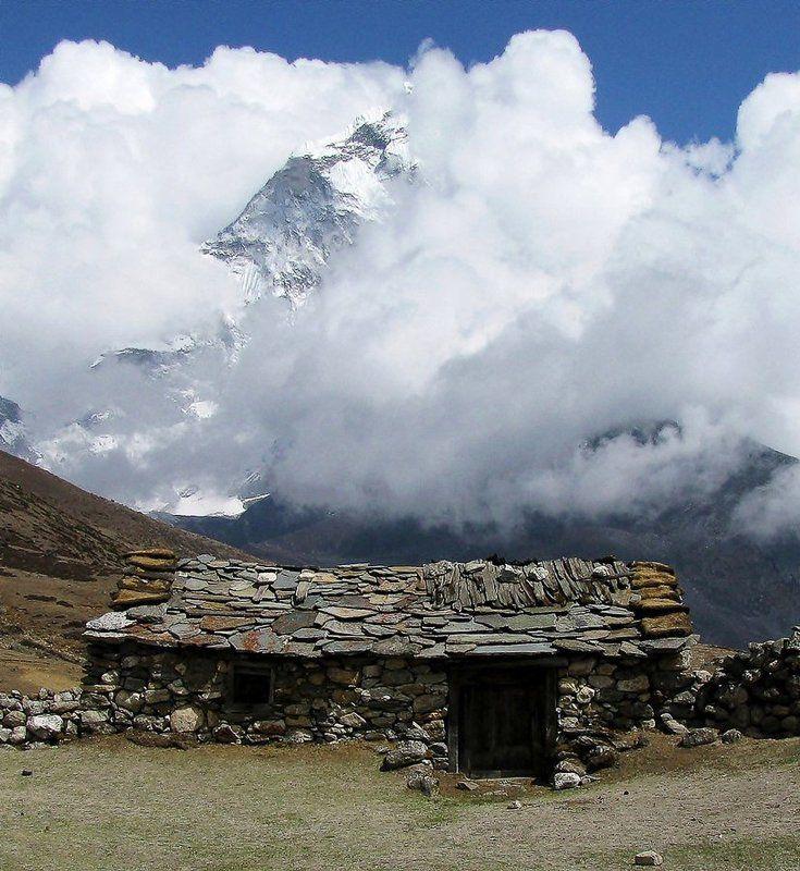 Домик в Гималайской деревнеphoto preview