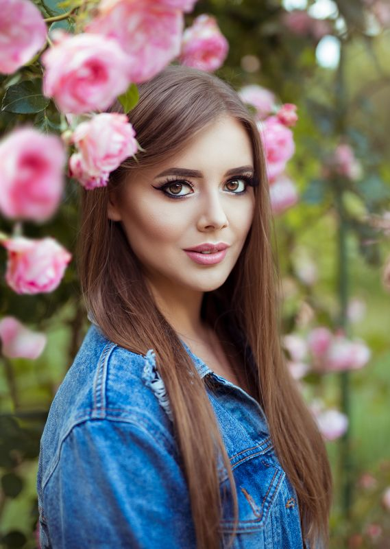 girl, model, beauty, summer, color, canon, retouch, photography, big, eyes, cute, face, natural, light, outdoor, people, fashion, pink, flower, 135mm, bokeh, art Elena Vphoto preview