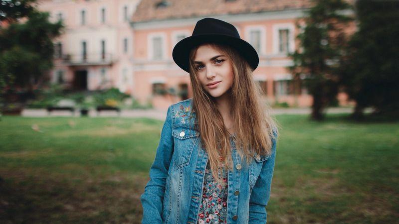 portrait, girl, people, beautiful, natural light, Colour, Minsk Александраphoto preview