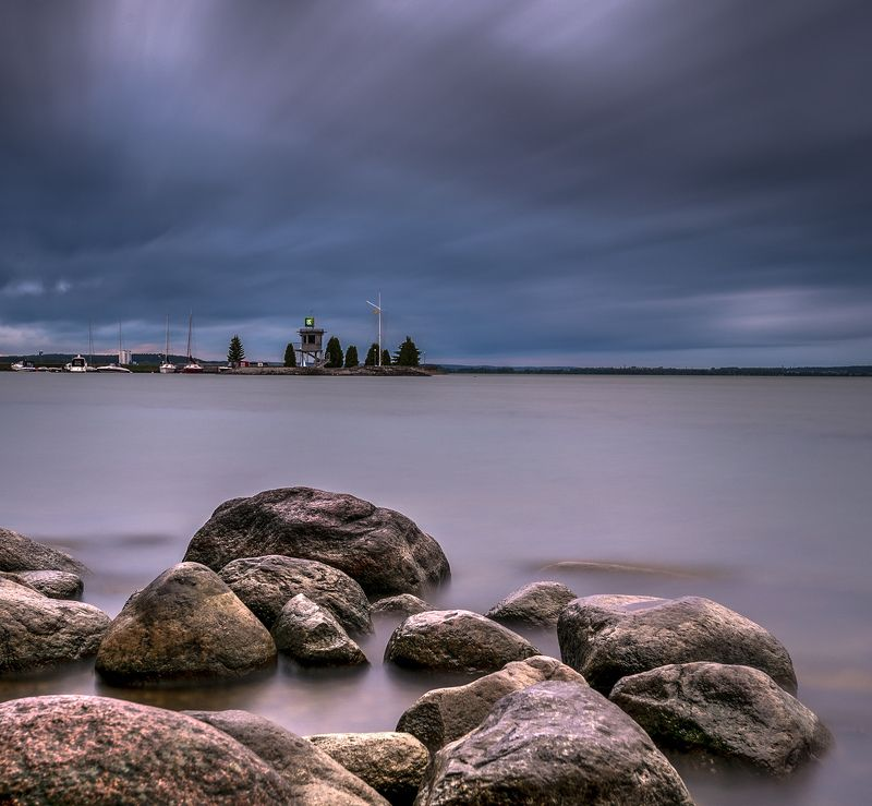 минское море небо тучи берег беларусь заславское вдхр ливень Буря мглою небо кроетphoto preview