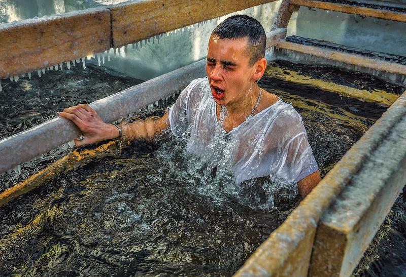Крещенские купанияphoto preview