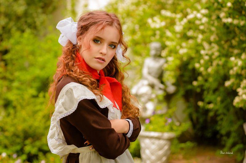 девушка, прическа, взгляд, пионер, галстук, красный, передник Пионеркаphoto preview